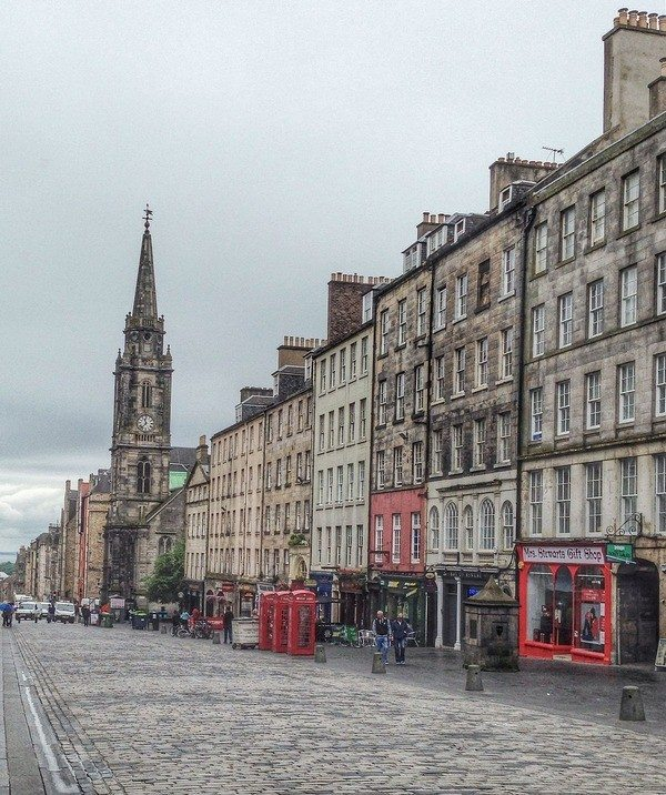 Edinburgh travel and packing guide