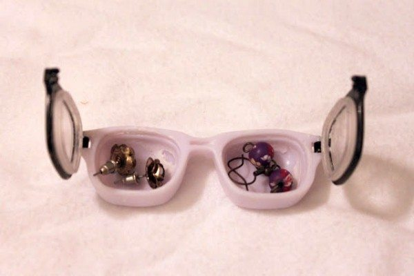 contact lens jewelry holder