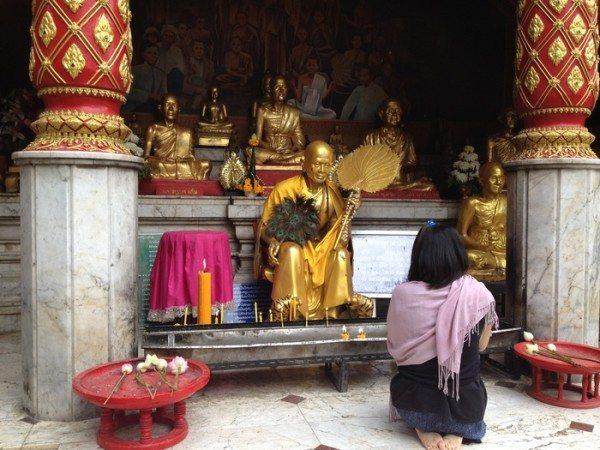 responsible tourist in Thailand